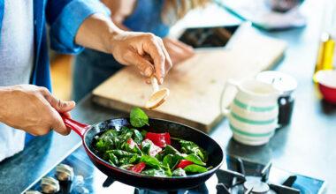 Yemek Yapmayı Sevenlere Alabileceğiniz 5 Harika Hediye Önerisi